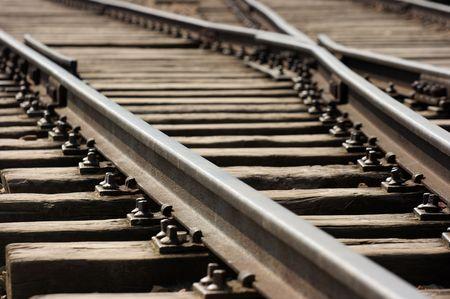 Gros plan d'un ancien chemin de fer de jonction