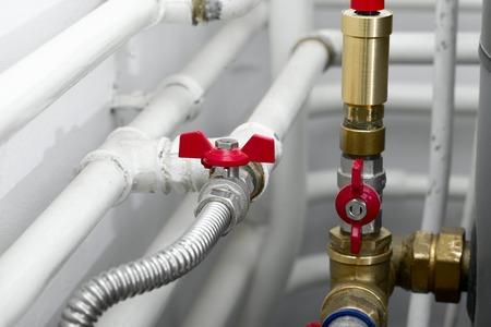 plomeria: Tubos de un sistema de calefacci?n Foto de archivo