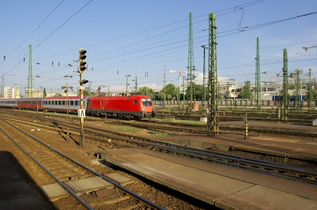 complex system: Complex railway track system with a train