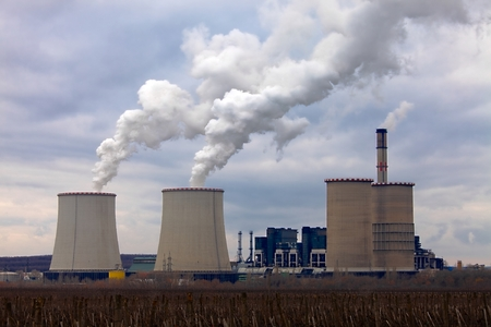 carbondioxide: Power plant with cooling towers