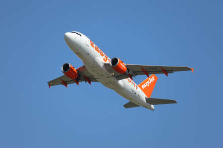 liszt: BUDAPEST, HUNGARY - MAY 5  EasyJet A319 taking off Budapest Liszt Ferenc Airport, May 5th 2014  Easyjet is the second largest low-cost airline of Europe  Editorial