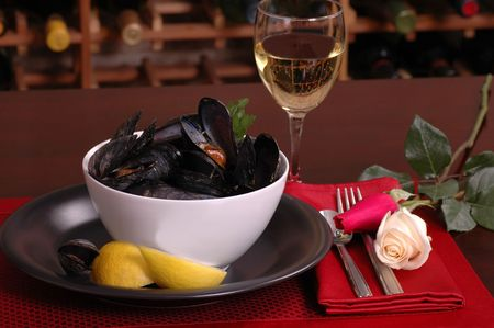 Steamed mussels in a romantic setting