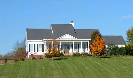 housing lot: Elegant home found in a country setting