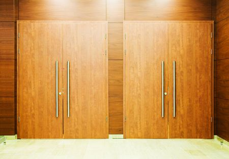 lock  futuristic: Due porte per la vostra scelta