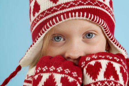 woolen: Little blond girl wearing woolen cap, scarf and gloves