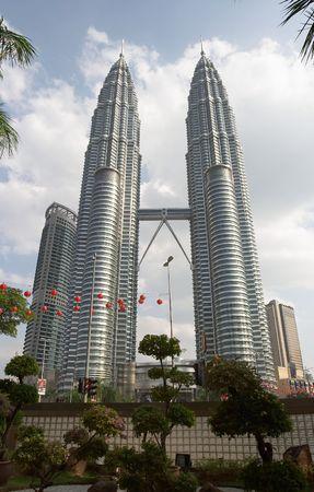 petronas: Torres gemelas Petronas, de Kuala Lumpur, Malasia  Editorial