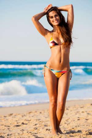 bikini sexy: Sexy and beautiful woman posing in bikini Stock Photo