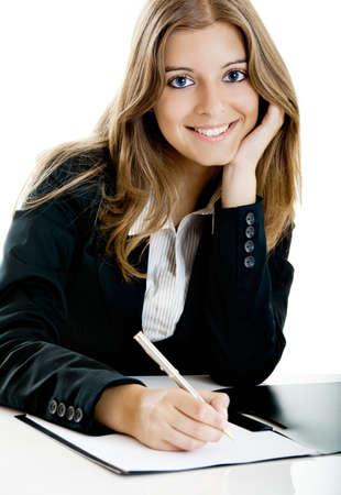 secretaria sexy: Retrato de una bella mujer de negocios en la oficina haciendo unos papeles