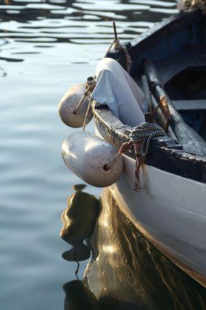 docked: Un viejo peque�o barco de pesca atracado en Portoferraio (Elba Island - Italia)  Foto de archivo