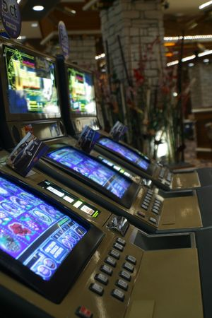 croupier: casino, play, croupier, craps, ball