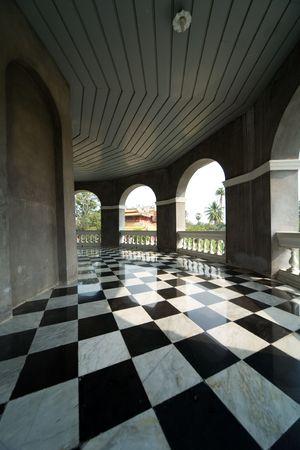 cuadros blanco y negro: piso con cuadros retro patr�n Foto de archivo