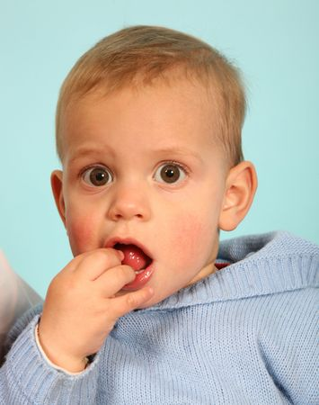 Young kid eating Stock Photo - 483632