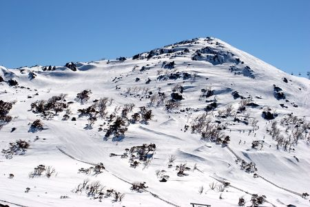 sneeuw bergen: Blue Cow Mountain in de Snowy Mountains, Australië Stockfoto
