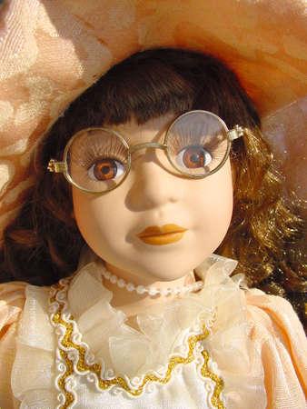 dearly: Doll