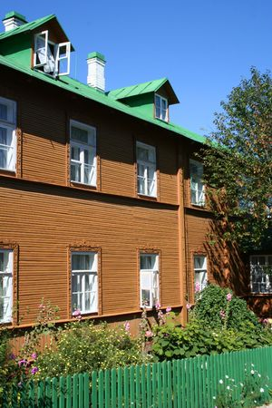 Russian style house and garden in Estonia