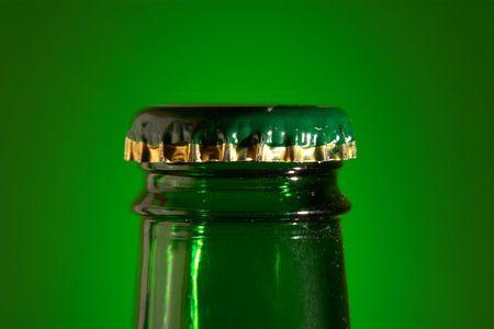 pilsner: beer bottle top