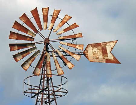 oxidized: Antiguo molino de hierro oxidado en Mallorca (Espa�a)  Foto de archivo