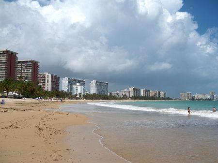 verde: Isla Verde Beach in San juan Puerto Rico