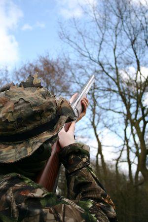 camoflauge: Aiming a shot gun