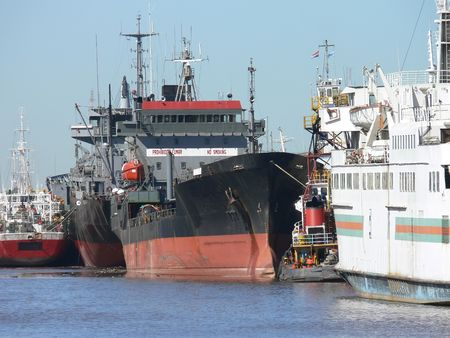 ships in the port of Buenos Aires