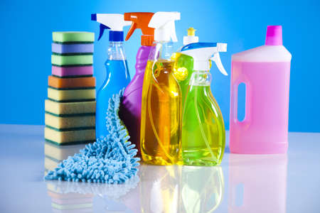 desinfectante: Grupo de limpieza surtido Foto de archivo