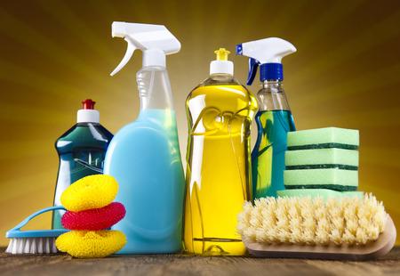 productos quimicos: Conjunto de productos de limpieza Foto de archivo