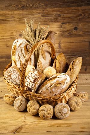 pumpernickel: Breads in basket