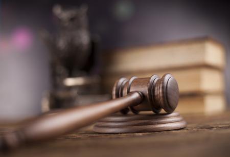Hammer, Holzhammer der Gerechtigkeit Konzept Standard-Bild