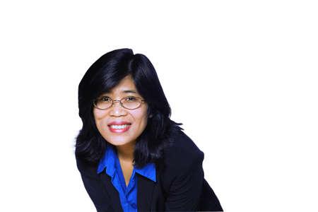 bending down: Asia mujer de negocios m�s cerca de flexi�n hacia abajo  Foto de archivo
