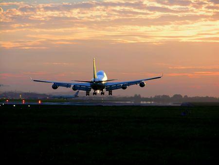 航空機の着陸 写真素材