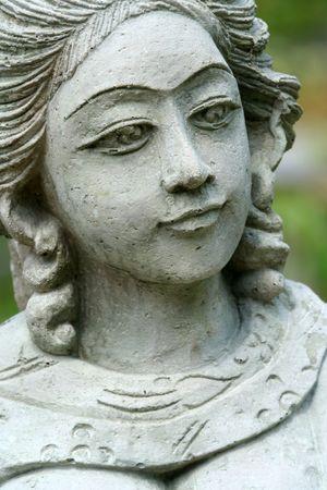 Estatua de una mujer indígena.  Foto de archivo - 3254838