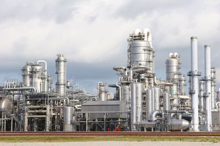 chemical industry: Chemical plant