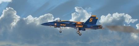 Marina de los EE.UU. Jet Blue Angel # 5 volando durante una exhibici�n a�rea p�blica en San Diego, California, en octubre de 2011. Foto de archivo - 10867935