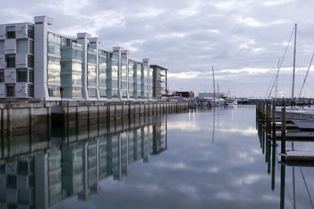Apartments on Viaduct basin Auckland at Sunrise Stock Photo - 291671