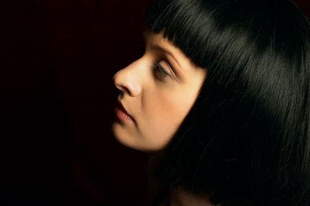 Atractiva mujer joven. Close-up retrato.