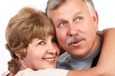 couple amoureux: Vieux couples affectueux heureux souriant. Banque d'images