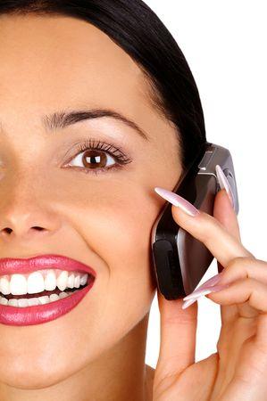 Atractiva joven mujer de negocios llamando por tel�fono