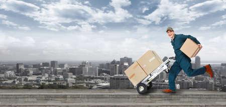 transport: Laufen Lieferung Postboten Lizenzfreie Bilder