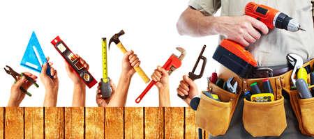 outils construction: Ensemble d'outils de construction. Maison r�novation fond.