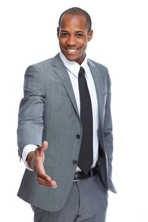 afroamericanas: Afroamericana apret�n de manos hombre de negocios.