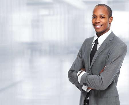 agente comercial: Hombre de negocios negro afroamericano.