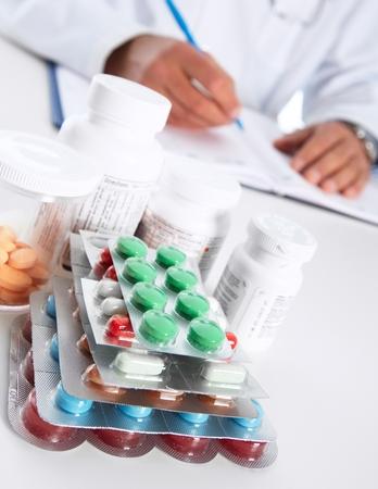 pastil: Doctor writing medical prescription. Health care Pharmaceutical background