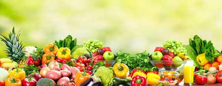verduras verdes: Frutas y verduras.