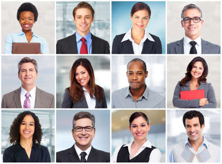 business smile: La gente de negocios se enfrentan. Foto de archivo