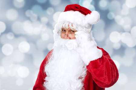 santa claus: Pap� Noel sobre la chispa de Navidad resumen de antecedentes.