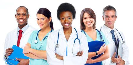 negro: Grupo de médicos. Fondo del concepto de atención de la salud.