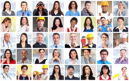 menschen unterwegs: Geschäftsleute Arbeiter Gesichter Collage Hintergrund. Teamwork-Konzept.