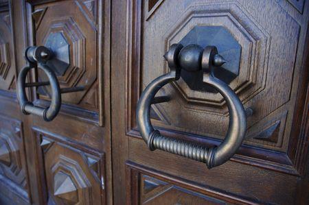 doorhandle: door-handle