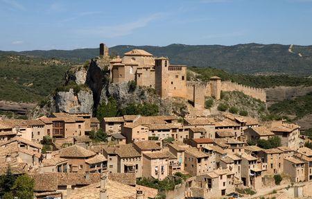 ufortyfikować: Village i kolegiata kościół Alquezar, Huesca, Aragonia, Hiszpania