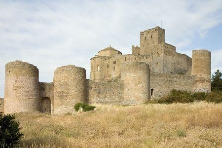 ufortyfikować: Loarre Zamek w prowincji Huesca, Aragonia, Hiszpania